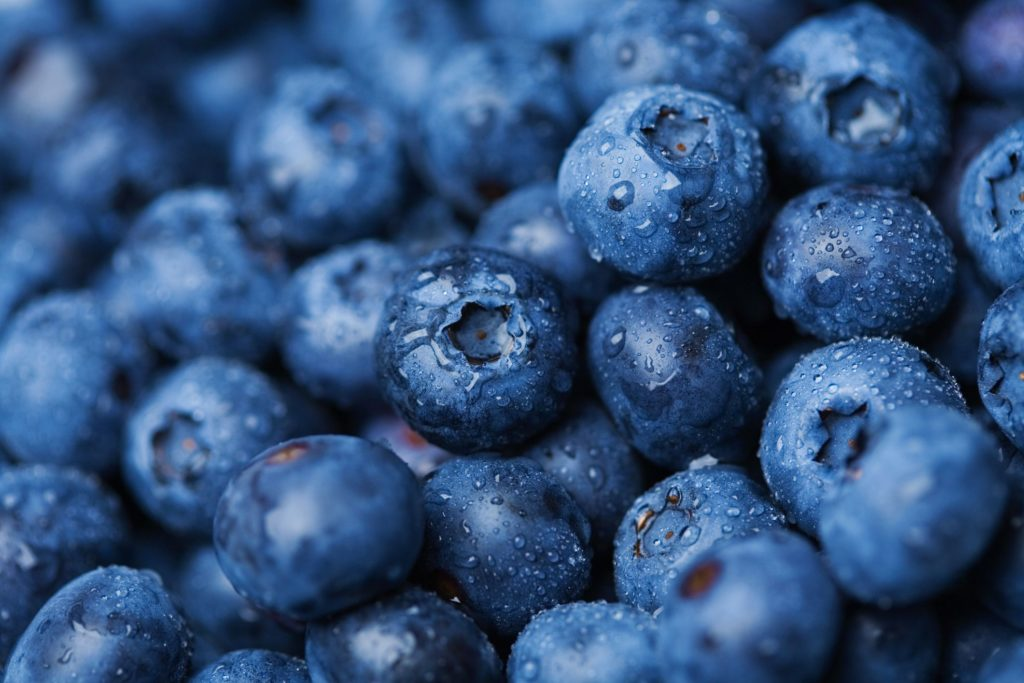 Food to prevent heart attack-Blueberries